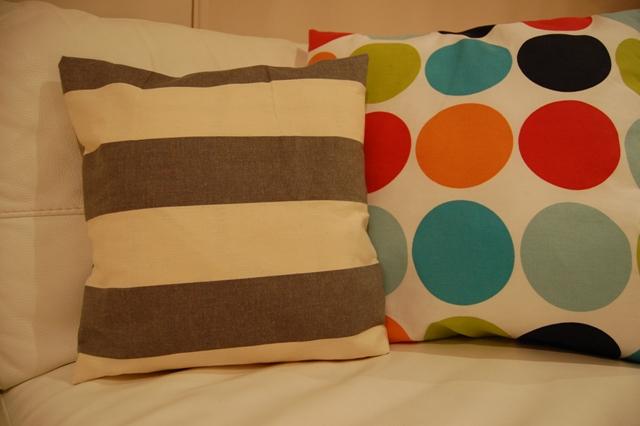 How to make a pillow / Jak uszyć poduszkę / Come realizzare un cuscino