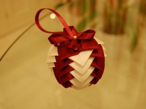 Satin ribbon bauble