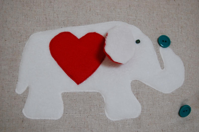 Cushion cover with elephant