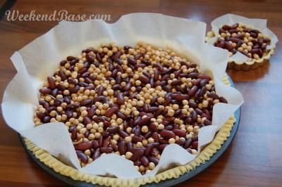 Fresh fruit tart - bake blind