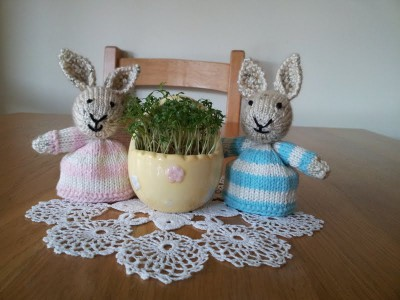 Knitted Easter decorations