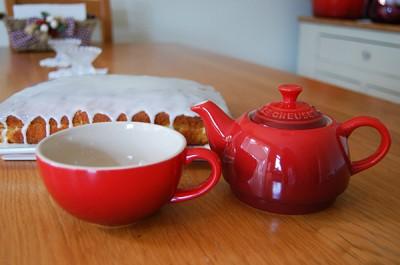Le Creuset Tea Pot and Tea Cup