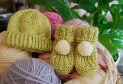 Green Baby Bootees and Hat